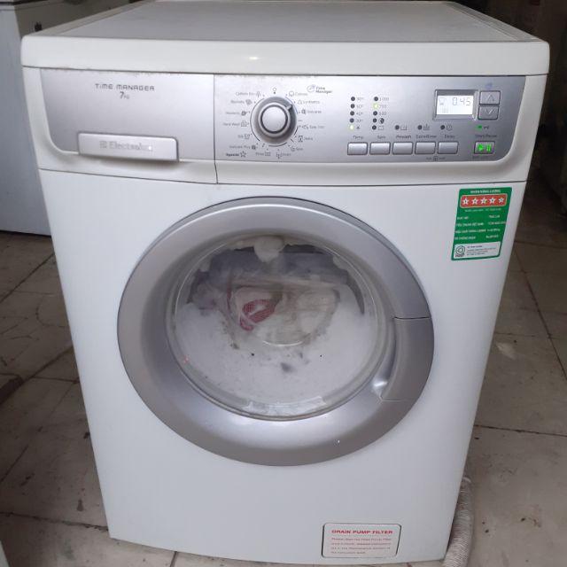 Cách tự khắc phục máy giặt Electrolux không thoát nước từ A – Z